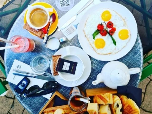 Cafe du palais